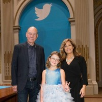 Patrick Stewart and a 9-year-old with a lemonade stand rang the Opening Bell instead of Twitter executives