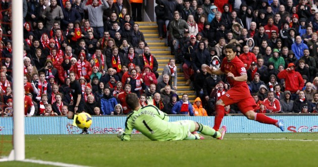 Luis Suarez-inspired Liverpool demolish Fulham