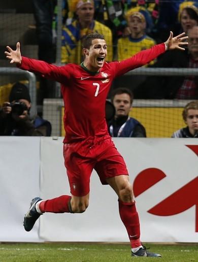 So long, Zlatan: Ronaldo hat-trick trumps Ibra brace in play-off thriller