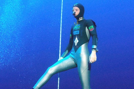 Free diving.