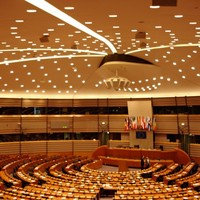 MEPs back proposal to end practice of 'travelling circus'