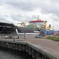 Authorities investigate potential fish discarding aboard 14,000 tonne Dutch vessel