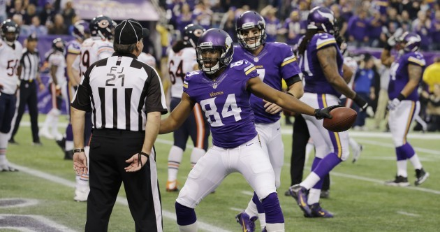 NFL ref denies player high-five after touchdown, eventually gives in