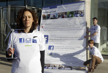 Tzeporah Berman, Climate and Energy Co-Director of Greenpeace leads Irish Greenpeace volunteers in a protest outside Facebook's Dublin office yesterday calling on them to change the type of energy they use.