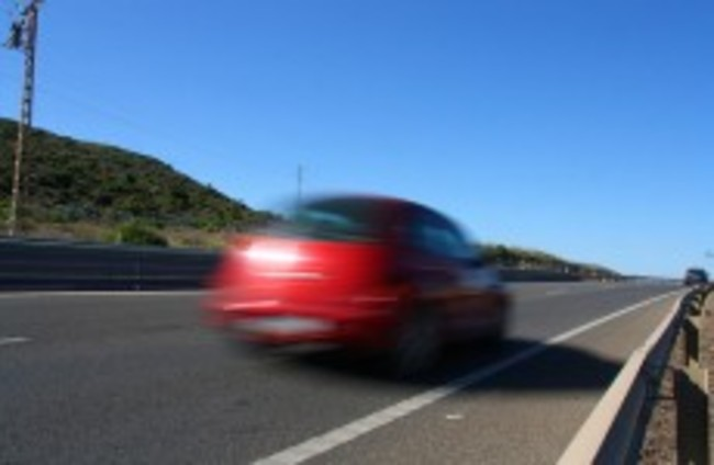 Call to put speed monitors in all new vehicles