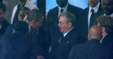 PHOTO: Barack Obama shakes hands with Cuban president Raul Castro