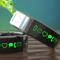 Smart ring sends you phone updates to your finger