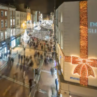 Timelapse captures the hustle and bustle of Grafton Street at Christmas