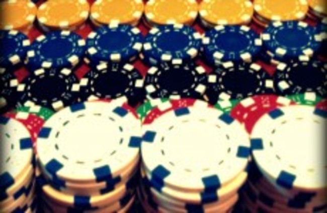 US charges major poker websites with bank fraud