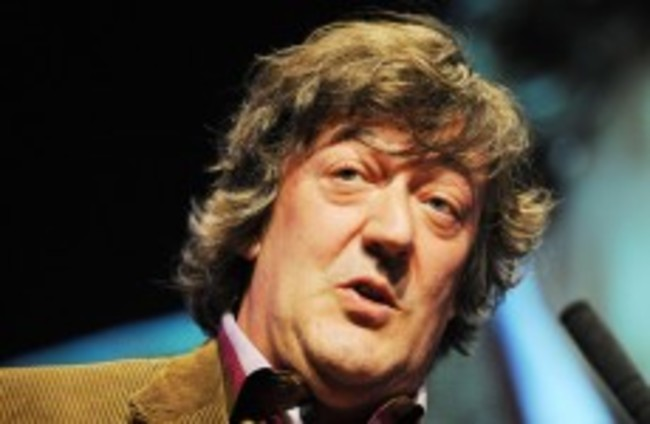 """Stephen Fry """"prepared to go to prison"""" over Twitter joke trial"""