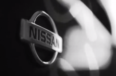 Guy sells his ancient banger by making a luxury car commercial about it