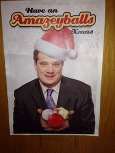 Ó Snodaigh wishes you all an 'amazeyballs' Christmas