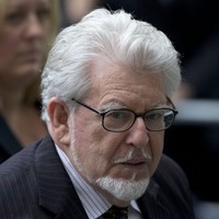 Rolf Harris to face three more sexual abuse charges