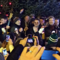 WATCH: Glen Hansard and Bono busk on Grafton St for Simon Community