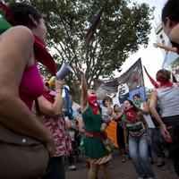 Argentina court grants abortion for teen rape victim