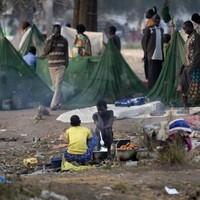 South Sudan: Peace talks open as battles rage in capital