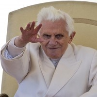 """PB phone home""....Pope Benedict to give the International Space Station a call"