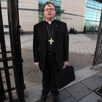 'Rebel bishop' Pat Buckley rejects call to ban him from performing marriages