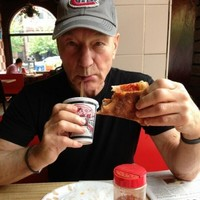 Patrick Stewart used a Starship Entrerprise pizza cutter, and filmed it