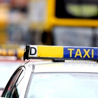 Taxi drivers to hold rally outside the Dáil