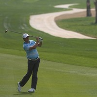Driver delights McIlroy as he starts 2014 with bogey-free round