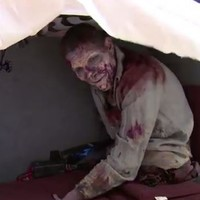 Walking Dead actor pranks co-star aided by one armed teenager