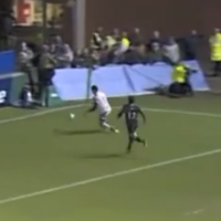 VIDEO: Ruan Pienaar charges down Toby Flood kick to stun Tigers