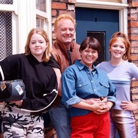 19 signs you grew up in a Coronation Street house