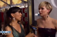 Jennifer Lawrence freaks out after learning Homeland spoiler on the red carpet