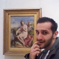 Man gets 'pervy' in Dublin gallery to celebrate #MuseumSelfie day