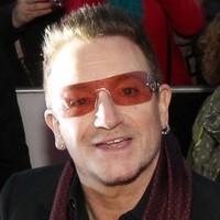 Bono is having dinner with the Taoiseach and Finance Minister tonight