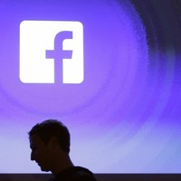 Is Facebook an 'infectious disease that will die out'?