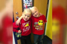 Kid shaves his head so his friend with cancer won't feel alone