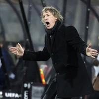 Dutch coach vows to go unshaven until team snap 17-game winless streak