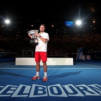 Wawrinka sees off Rafa rally to claim first Slam