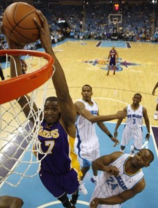 While you were sleeping: LA Lakers show their class