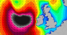 "Orange Alert: Wind, snow and ""extremely high waves"" this weekend as another storm hits"