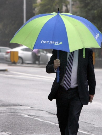 The Burning Question*: Should you use a big umbrella on busy streets?