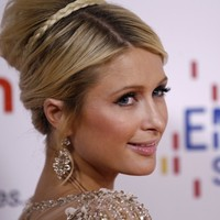 Filthy rich Paris Hilton won even MORE money... It's the Dredge