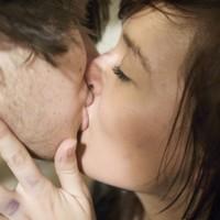 8 awkward kisses we've all had to endure