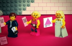 Someone has made a Lego version of Team Panti