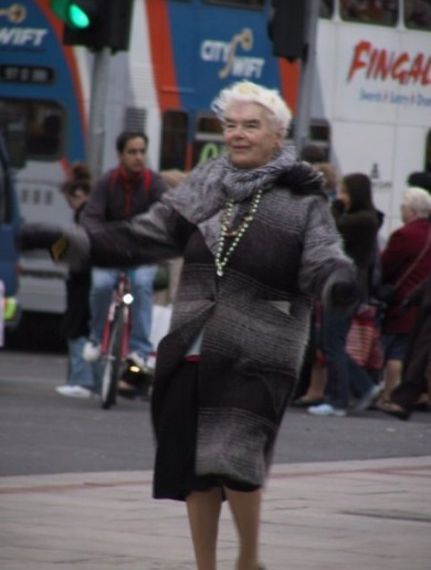 Mary Dunne - the O'Connell Street dancer - passes away aged 87