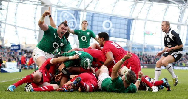 VIDEO: Henry touches down as Ireland maul trundles over Welsh pack