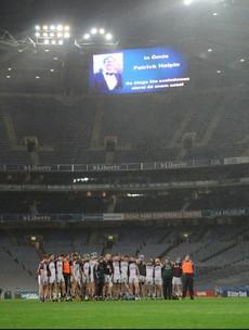 Snapshot: Kilnadeema-Leitrim players stand silent in memory of Patrick Halpin