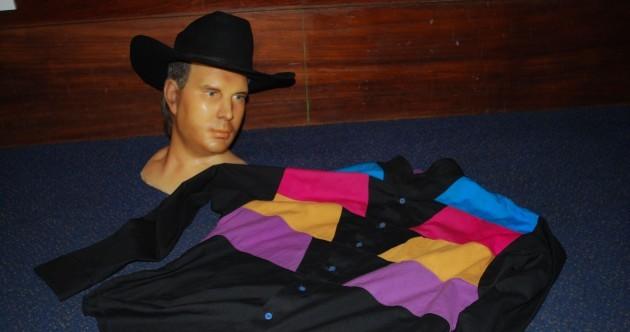 Wax museum locates Garth Brooks shirt, but the torso is still missing