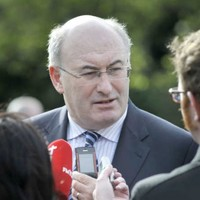 Government unveils plans to reduce number of TDs