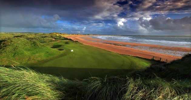 US billionaire Donald Trump has bought Doonbeg Golf Club, County Clare