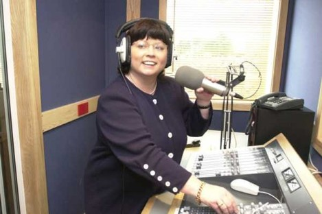 Former Tánaiste Mary Harney is reported to have settled a libel action against the operators of Newstalk.