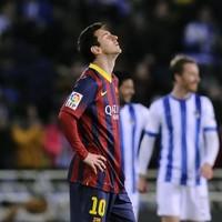 Sociedad stun Barcelona, Real Madrid go top of La Liga