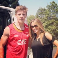 Tommy Walsh looks pleased to meet Modern Family's Sofia Vergara at training